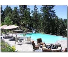 Clothing Optional Bed and Breakfast in Bend, Oregon