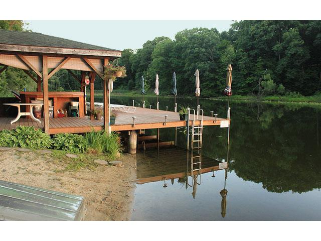 Casita en el Lago Clothing Optional B&B in NW Indiana