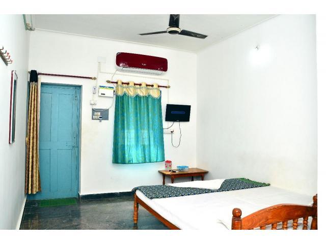 Hogenakkal Forest Guest House India