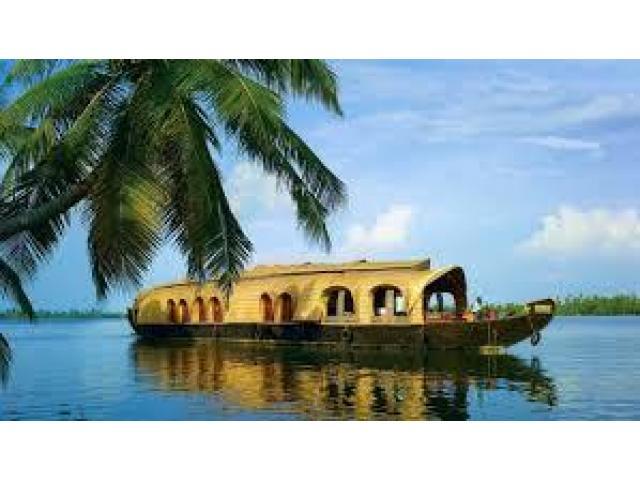 Backwaters, Beaches & Hills of Kerala 4Days/3Nights
